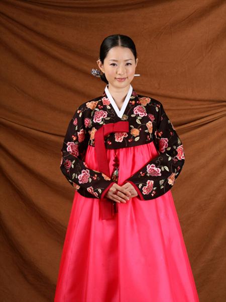 خرید آنلاین لباس کره ای