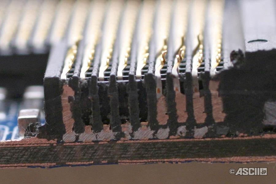 LGA775 소켓 단면 2