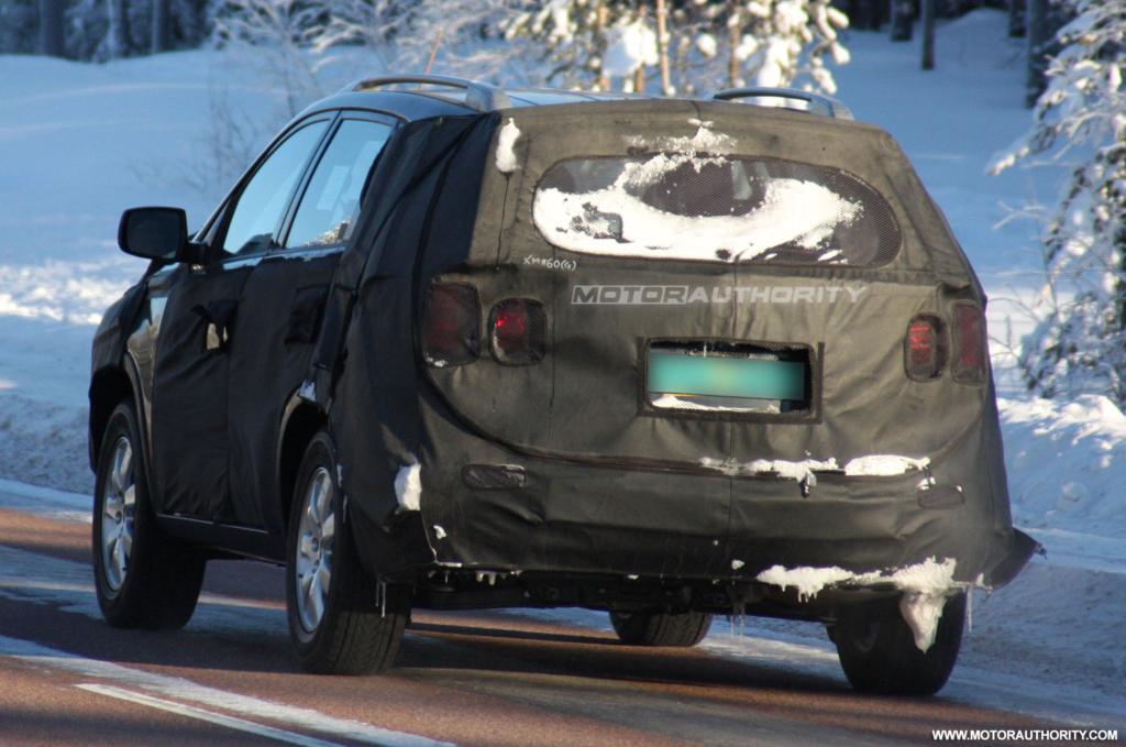 KIA XM (Sorento) SUV spyshot